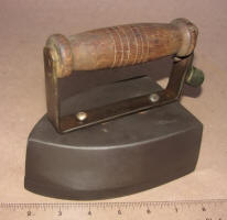 Early Unknown Electric Iron