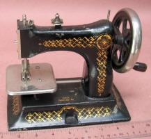 Bing Cast Iron Toy Sewing Machine / TSM