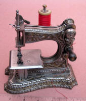 Muller #6 Toy / Travel Size / Child-Size Antique Sewing Machine