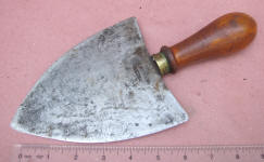 Italian Head Knife / Round Knife