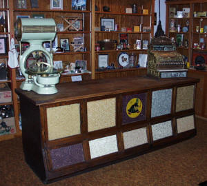 Sherer Bean Counter / Cabinet