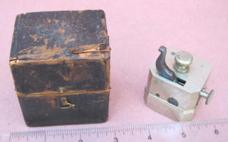French 12 Blade Blood Letting Scarificator