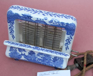 Blue Willow Toastrite Toaster