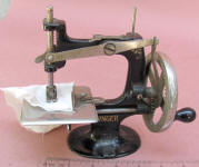 1st Model 4 Spoke Singer Model 20 TSM / Toy Sewing Machine