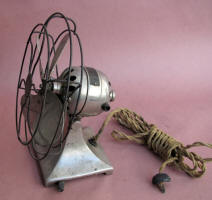 Hamilton Beach 1920's Electric Desk Fan
