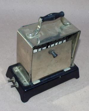 Manning Bowman Toaster