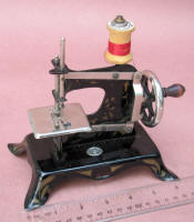 Ernst Plank TSM / Toy Sewing Machine