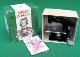 Black Singer Model 20 - 10 US Made TSM / Toy Sewing Machine