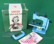 Blue Singer Model 20 - 10 TSM / Toy Sewing Machine w/ Original Box