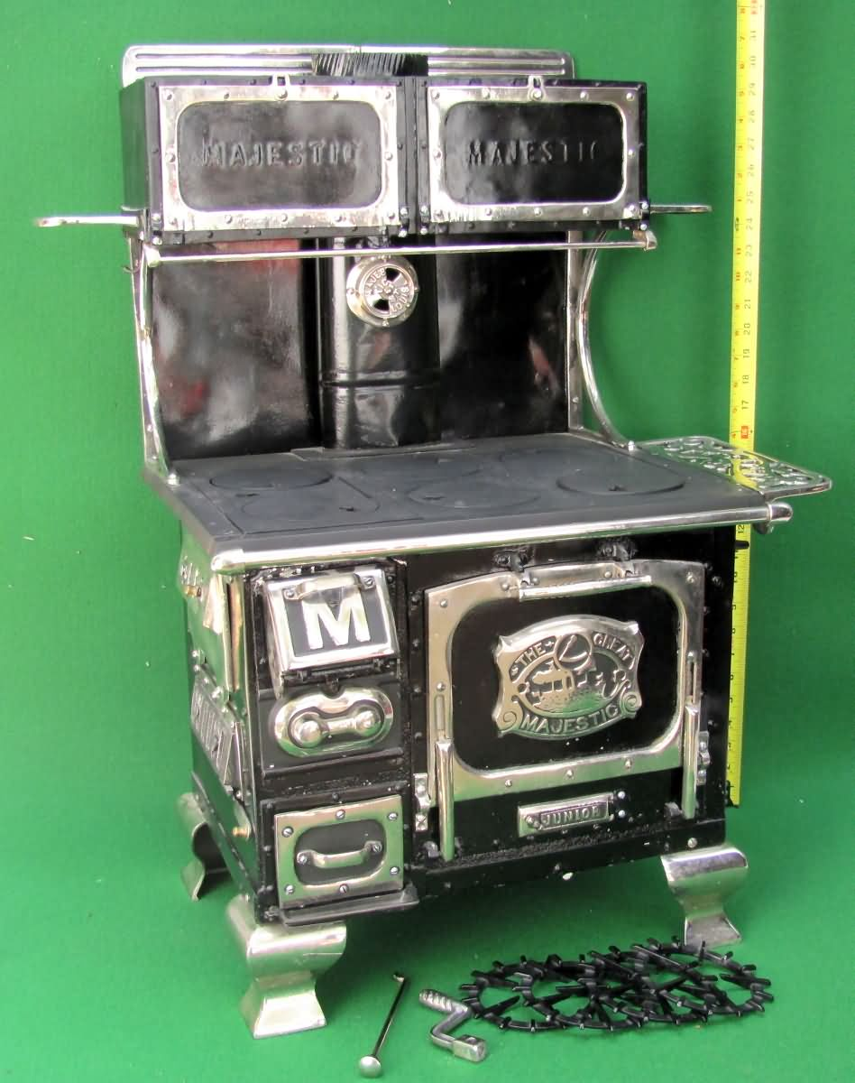 Great Majestic Junior Salesman Sample / Display Model of Wood Stove - AntiqBuyer.com Salesman Sample & Toy Stoves Past Sales Archives