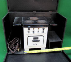 Heiliger Salesman Sample Electric Range / Stove