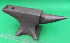 Peter Wright 41 lb. Anvil