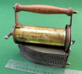 Pacific Peerless Liquid Fuel / Gas Pressing Iron