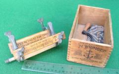 Salesman Sample / Toy Wringer for Washing Machine / Washer