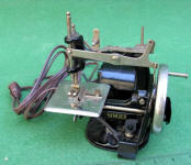 Electric Model 20 Singer TSM / Toy Sewing Machine