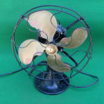 Emerson Electric Mfg. Co. 12 Electric Desk Fan