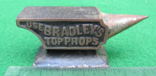 USE Bradley's Top Props / New Haven Slat Irons Miniature Cast Iron Advertising Anvil / Paperweight