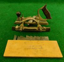 Stanley # 46Skew Plow / Dado Plane w/ 12 Cutters