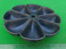 Cobbler's Cast Iron Revolving Nail Cup