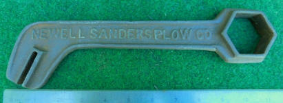Newell Sanders Plow Co. # 24 Wrench