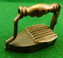 Patented-Antiques.com Sells Antique Pressing Irons