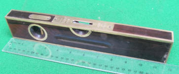 Stanley Sweetheart Era # 98 12 Brass Bound Rosewood Level