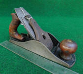 Sargent # 10 (4 1/2 size) Shaws Patent Smooth Plane