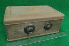 Atwater Kent Model 40 Metal Case Tube Radio