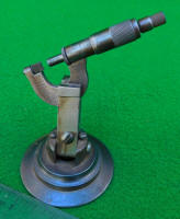 Starrett 219 Micrometer on Articulated Stand