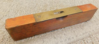 Huber Manufacturing  Co. of Marion Ohio Wooden Level