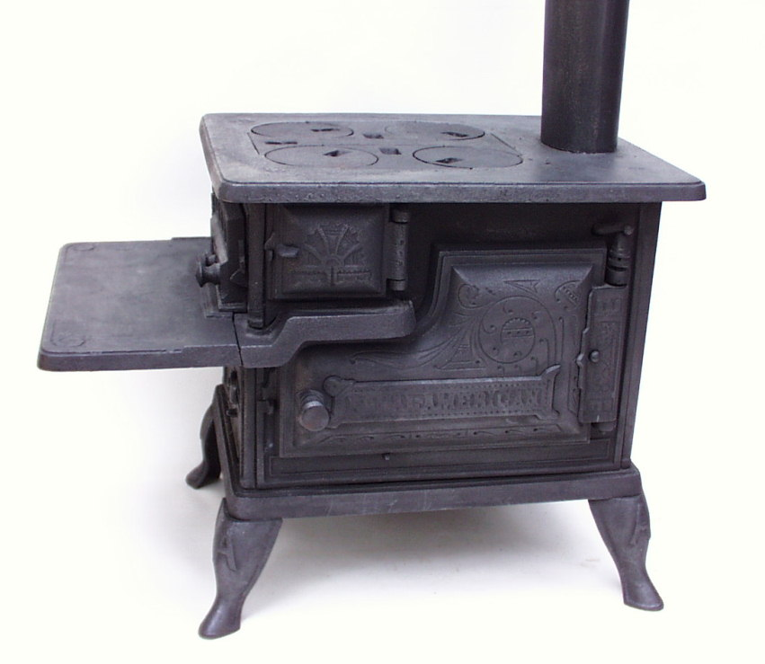... Antique Toy Stove - Www.AntiqBuyer.com Salesman Sample & Toy Stoves
