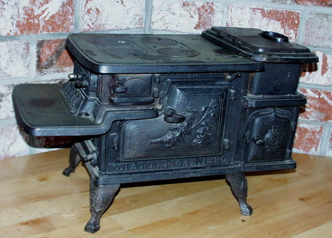 Www.AntiqBuyer.com Salesman Sample & Toy Stoves - Old Wood Burning Cook Stove WB Designs
