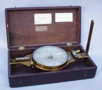 Roach & Warner Surveyors Compass