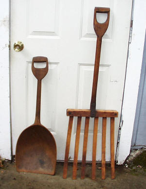 Primitive Shovel & Fork