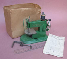 Wera Danish Toy Sewing Machine / TSM