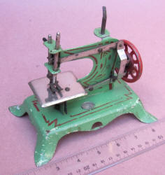 Ernst Plank Toy Sewing Machine / TSM