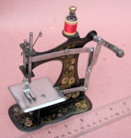 Muller # 1B Front Crank TSM / Toy Sewing Machine