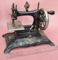 Casige Model 6 TSM / Toy Sewing Machine