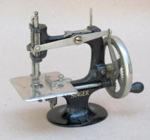 1st Model Singer 20-10 TSM Toy Sewing Machine