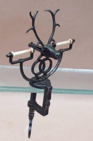 Figural Elk / Reindeer Sewing Clamp w/ 2 Spool Pins