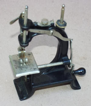 Baby Antique Toy Sewing Machine