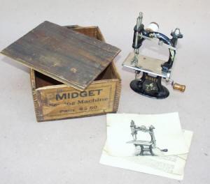 Midget TSM / Toy Sewing Machine in Original Box