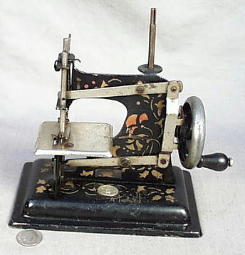 Sew Ette Little Girls Sewing Machine