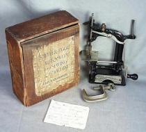Smith & Egge TSM Toy Sewing Machine Marked John Wannamaker w/ Original Box