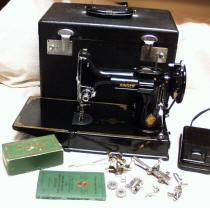 1951-52 Centennial Model Singer Featherweight 221 Sewing Machine