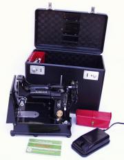 Singer Featherweight 222K FreeArm Sewing Machine