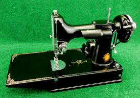 1936 Texas Centennial Singer Featherweight 221 Sewing Machine
