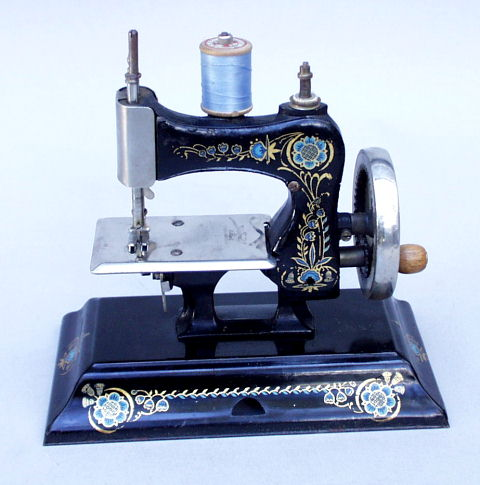 Cast Iron German Toy Sewing Machines Delectable Vintage Hand Crank Sewing Machine