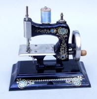 Antique Hand-Crank Casige #103 Sewing Machine