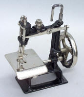 Smith & Egge Little Comfort TSM Toy Sewing Machine